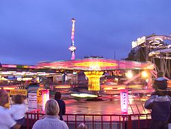 Sizzler ride - Brean Leisure Park.jpg