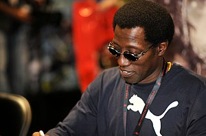 Wesley Snipes - Snipes signing autographs at Comic Con International in 2010