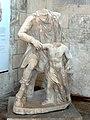 Soissons (02), musée municipal, groupe statuaire - pédagogue et fils de Niobé, IIIe siècle, dépôt du Louvre, inv. MA 1339, LP228 2.jpg