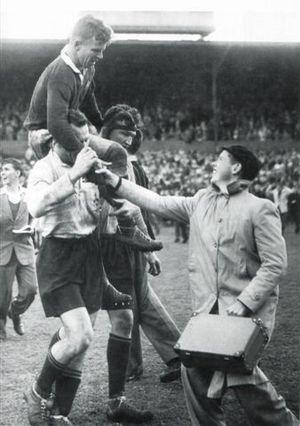 History of rugby union matches between Australia and South Africa - Wallaby captain John Solomon chaired by two Springbok players, 2nd Test 1953