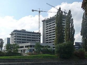 Spielberk Towers - Image: Spielberk Office Centre under construction (01)