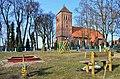 Srokowo, kościół Krzyża Świętego - panoramio (2).jpg