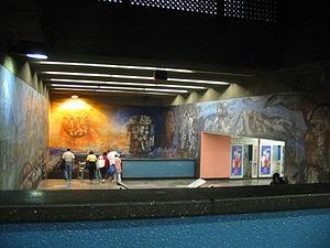 Metro Tacubaya - Image: Stairwaymural 2Metro Tacubaya