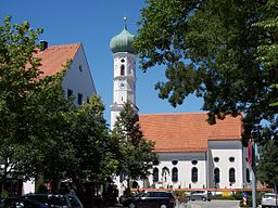 image shows St. Andreas, the first church of Kirchheim bei München, Germany