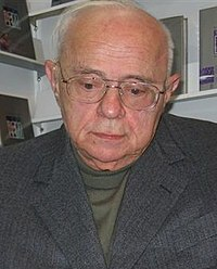 Stanislaw Lem by Kubik (cropped).JPG