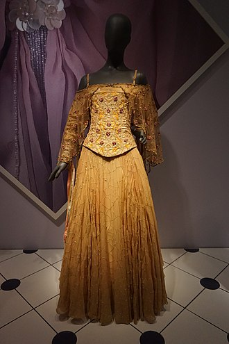 Padmé Amidala - Padmé Amidala's meadow picnic dress from Episode II