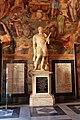 Statue Marco Antonio Colonna.jpg