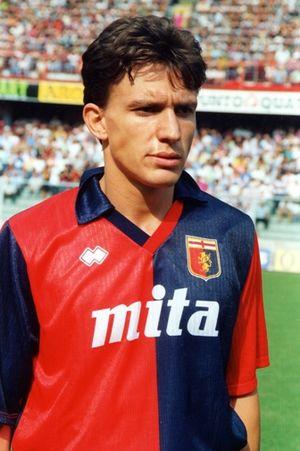 Stefano Eranio - Eranio playing for Genoa