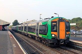 Stourbridge Junction railway station - Image: Stourbridge Junction London Midland 172222 172332 Worcester service