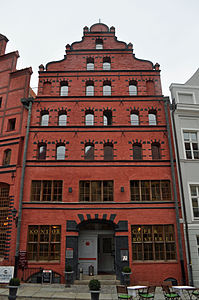 Stralsund, Fährstraße 23 (2012-03-11) 1, by Klugschnacker in Wikipedia.jpg