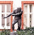 Stromstr 47 - Skulptur auf Hof 2019-04-02 ama fec.jpg