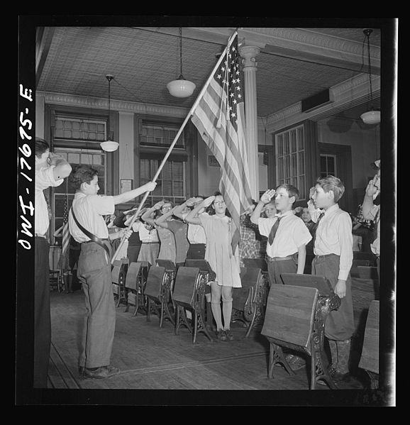 File:Students pledging allegiance to the flag in public school 8d25792v.jpg