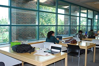 Concordia University Library - Image: Study space at the Vanier Library