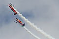 Sukhoi Su-26 de la patrulla acrobática española Bravo 3 Repsol (14725694911).jpg