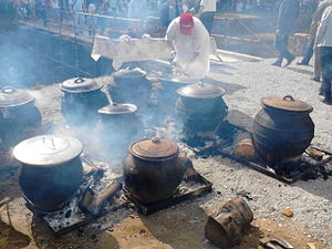 Clay pot cooking - Cooking of Svadbarski Kupus (Wedding Cabbage) in ceramic pots, Serbia