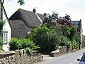 Thatched cottage and converted chapel - geograph.org.uk - 452942.jpg