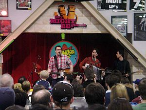 They Might Be Giants - They Might Be Giants perform a free show at Amoeba Music in Hollywood, CA on March 25, 2005
