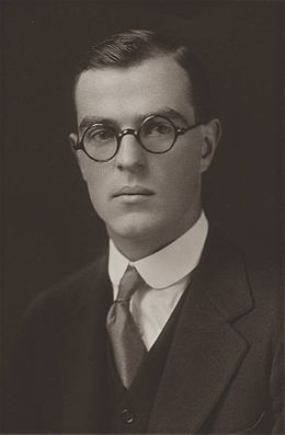 Thornton Wilder Yale graduation photo 1920.jpg