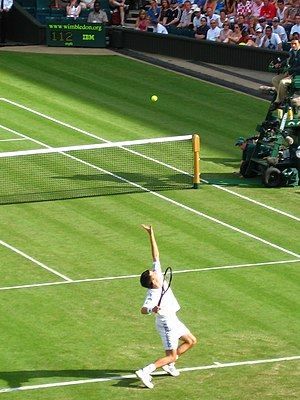 Tim Henman playing at Wimbledon, 2005