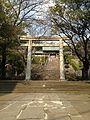 Torii of Suwa Shrine 4.jpg