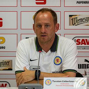 Torsten Lieberknecht - Image: Torsten Lieberknecht DFB Pokal Pressekonferenz