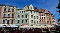Toruń - kamieniczki przy rynku - panoramio.jpg