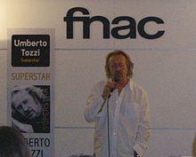 Tozzi alla Fnac di Torino durante la presentazione di Superstar (25 settembre 2009)