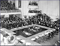 Treaty of Versailles oldphoto.jpg