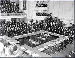 Treaty of Versailles oldphoto.jpg