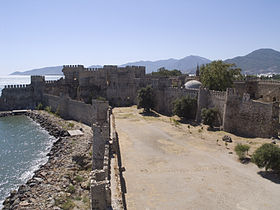 Turkey, Anamur - Mamure Castle 01.jpg