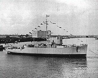 USS Density (AM-218) - Image: USS Density (AM 218)