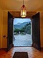 Una puerta de entrada al monasterio de Lluc.jpg
