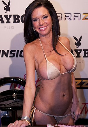 Veronica Avluv at AVN Adult Entertainment Expo 2012 1.jpg