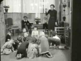 Bestand:Verplichte gymnastiek op alle scholen, kleutergymnastiek Weeknummer 41-06 - Open Beelden - 26835.ogv