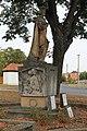 Višňové, pomník na náměstí (2016-09-28; 02).jpg