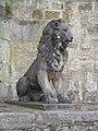 Würzburg - Löwenstatue am Mainkai 1.jpg