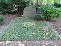 Waldfriedhof Zehlendorf Otto Bach.jpg