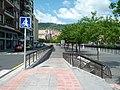 Walk bikes on ramp (18187889973).jpg