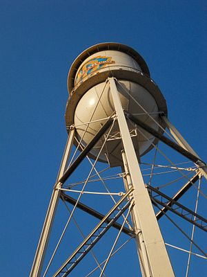 Warner Bros. Studios, Burbank - Famous water tower at Warner Bros. Studios, Burbank