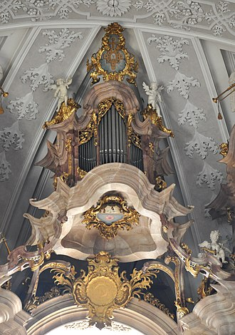 Organ of the Basilica of St. Martin (Weingarten) - The Crown (Kronwerk) section of the organ, where wind supply was allegedly rather poor