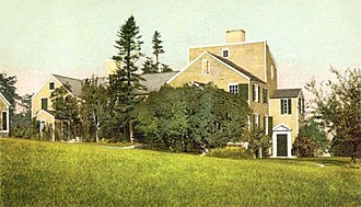 Benning Wentworth - Wentworth–Coolidge Mansion.  A painting of the home by noted artist Fidelia Bridges is in the Strawbery Banke Museum in Portsmouth, New Hampshire.