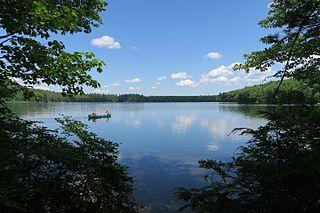 Willard Pond American lake