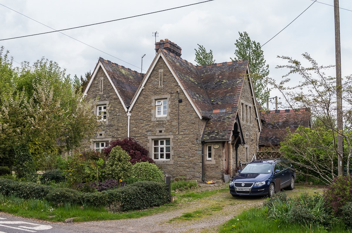 Willow Cottage and Rose Cottage (geograph 5268488).jpg