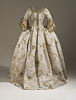 Woman's Robe a la Francaise and Petticoat LACMA M.56.6a-b (5 of 5).jpg