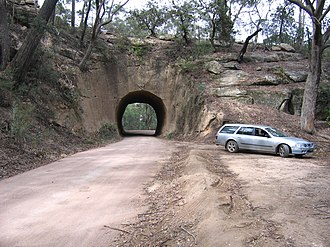 Wombeyan Caves Road - Image: Wombeyan Caves Road tunnel from east