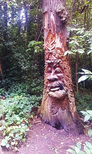 Lesnes Abbey Woods - Tree carving in the woods.