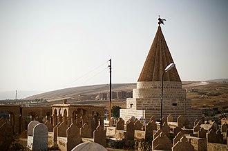 Ain Sifni - Yazidi cemetery in Ain Sifni (Shekhan)