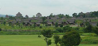吉野ヶ里遺跡は、弥生時代の大きな遺跡を復元したものです。