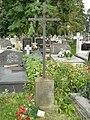 Zabytkowe groby na cmentarzu w Jazgarzewie k. Piaseczna.jpg