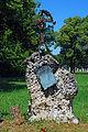 Zentralfriedhof old grave.jpg